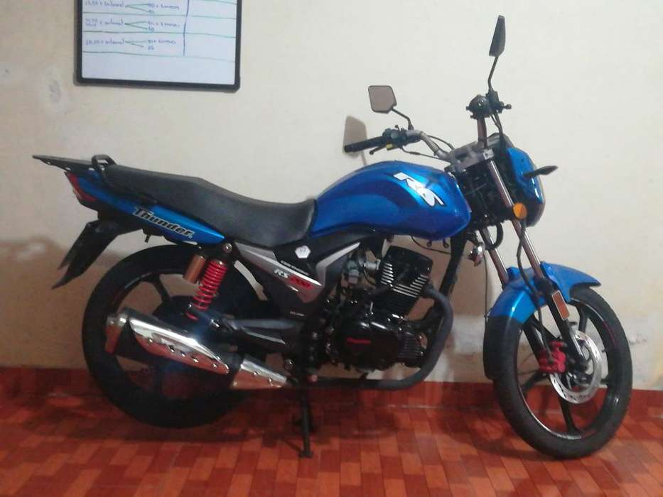 Vendo Moto 950 Negociable <strong>nueva</strong>