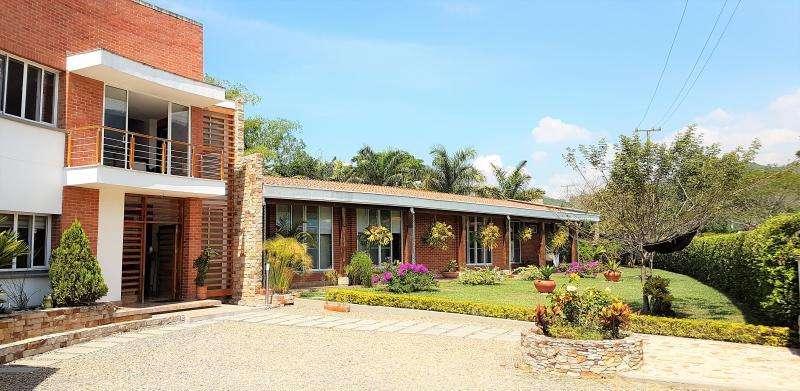 Casa En Venta En Jamundi Parcelación Verde Horizonte Cod. VBJMI6754