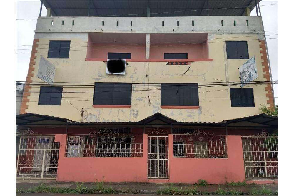 <strong>edificio</strong> en venta en Tosagua