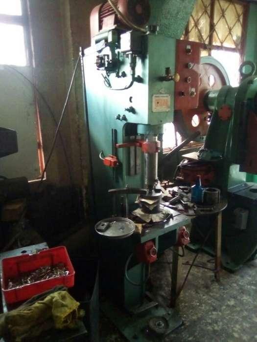 Troqueladora Hidraulica