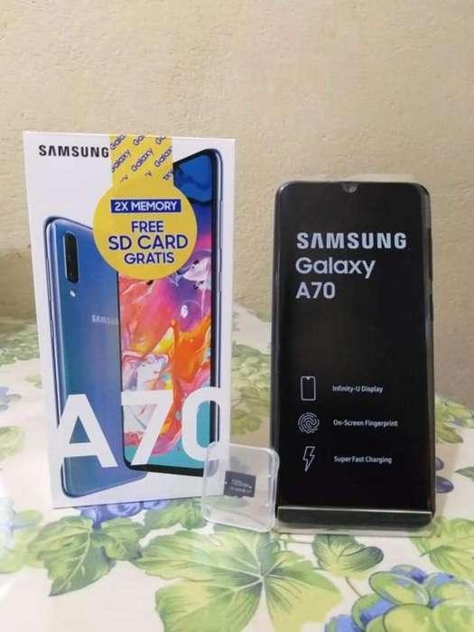 Vendo O Cambio Hermoso Samsung A70 2019