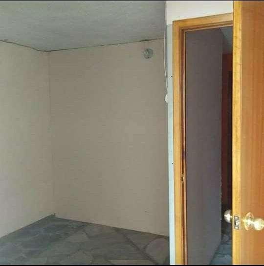 Arriendo habitacion amplia con bano privado