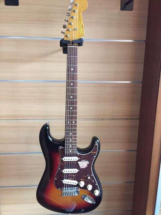Guitarra Electrica Fender Stratocaster Squier Classic Vibe Nueva