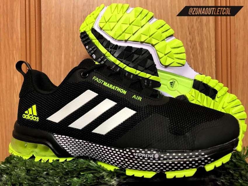 zapatillas adidas con camara