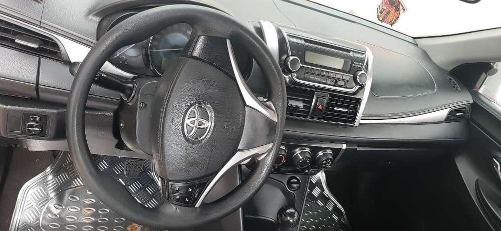 Toyota Yaris 2014 - 0 km