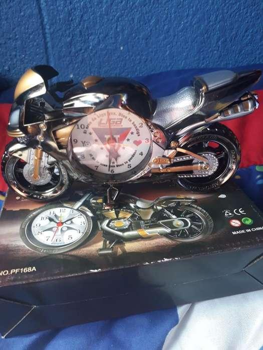 Vendo Reloj de Moto con Alarma
