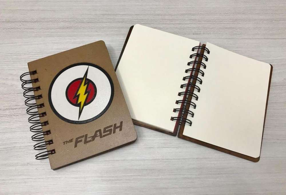 Mujer Maravilla Flash Wonder Woman Block Libreta Dc Grande