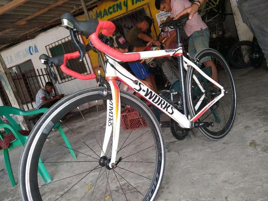 Bicicleta de Ruta Grupo 105