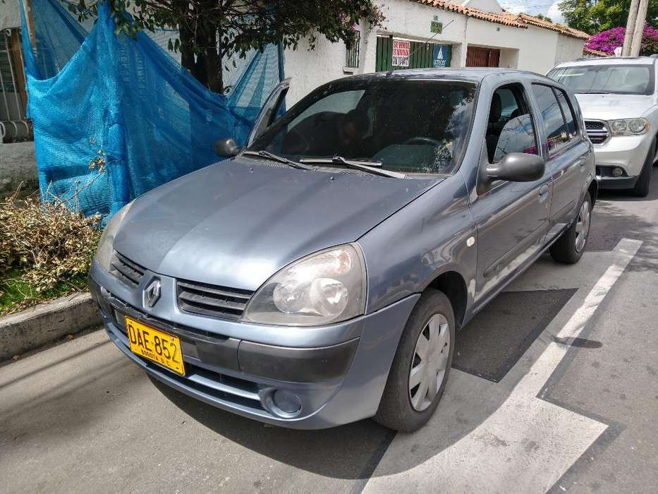 Renault Clio  2009 - 85500 km