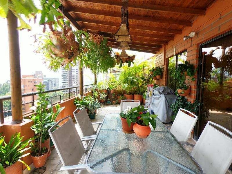 Cod. VBMER204988 <strong>apartamento</strong> En Venta En Medellin Loma Los Parras