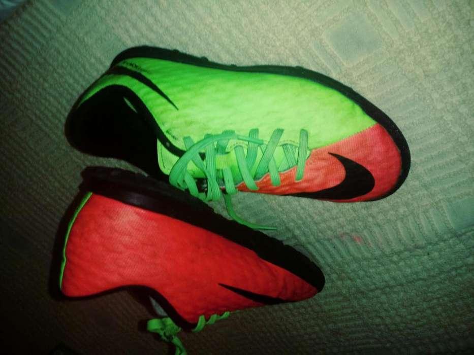 Botines nro 33 12 Nike Hypervenom