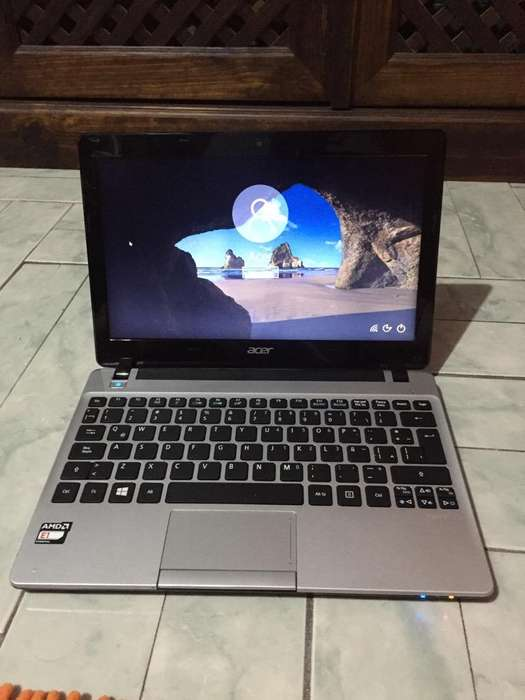 Mini Laptop Acer Aspire V5 ganga