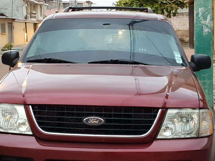 Ford Explorer 2002 - 260 km