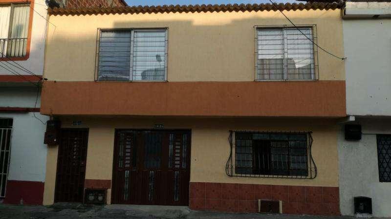 Cod. VBKWC-10403243 Casa En Venta En Cali Bretaña
