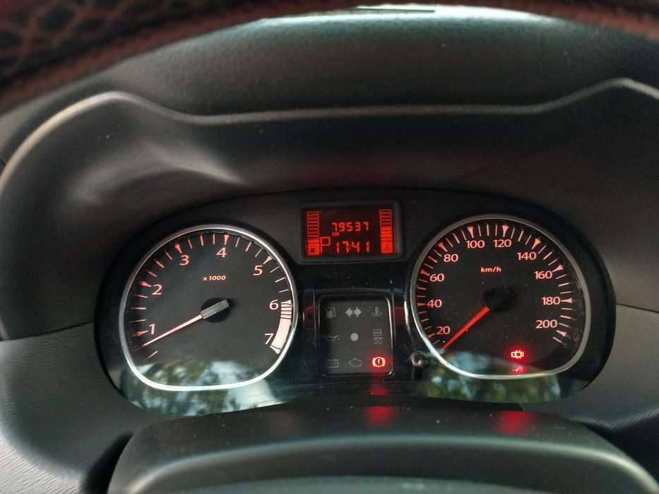 Renault Duster 2014 - 85000 km