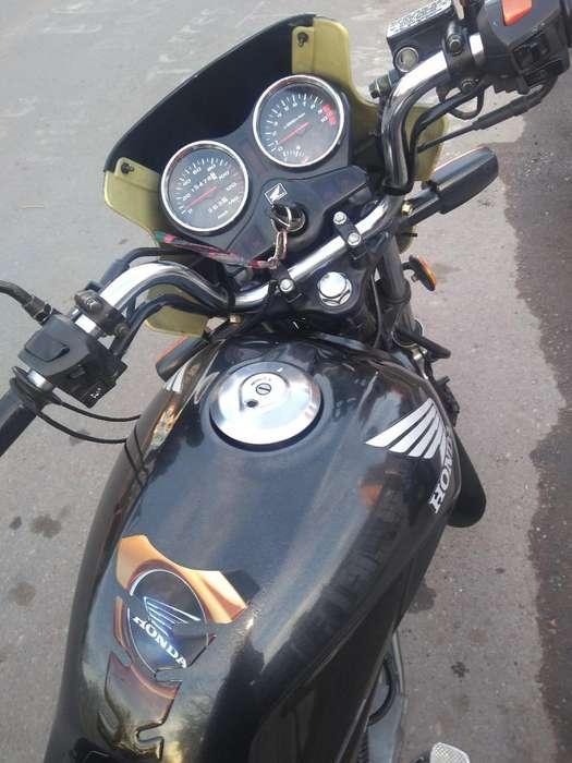 Vendo <strong>honda</strong> Storm 125cc