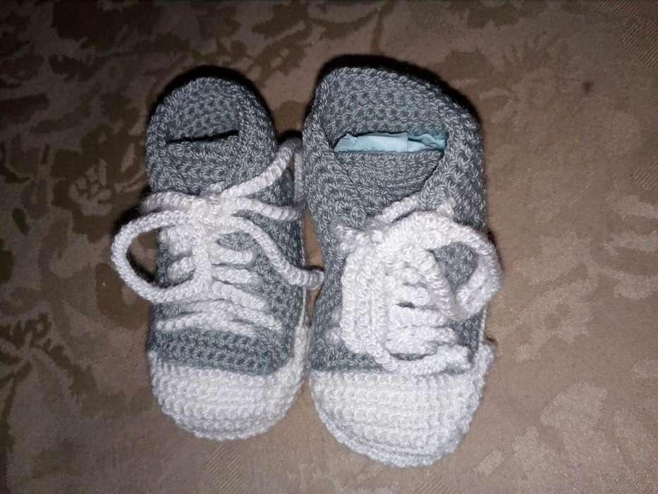 zapatico tejido a crochet
