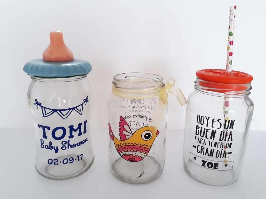 Vinilos 7 x 7 cm. Para frascos, souvenirs paquetes por 20 un.
