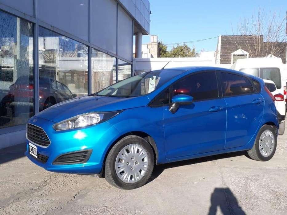 Ford Fiesta  2014 - 103000 km