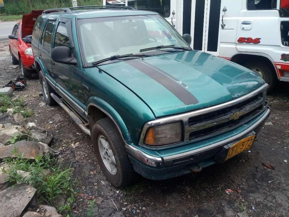 Chevrolet Blazer 1996 - 123457 km