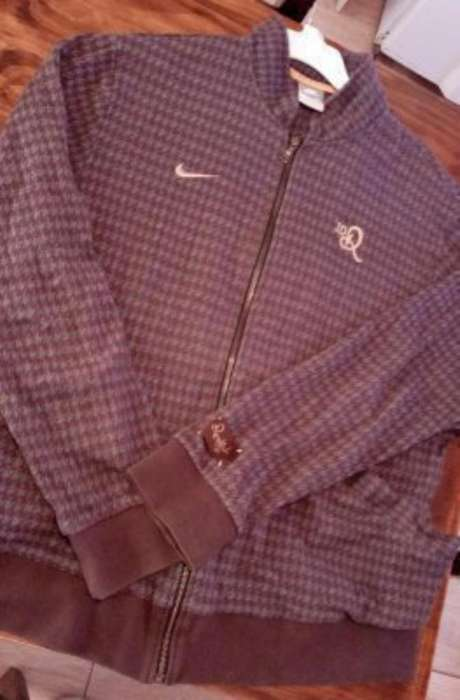 Campera Nike Original Talle Xl Impecable