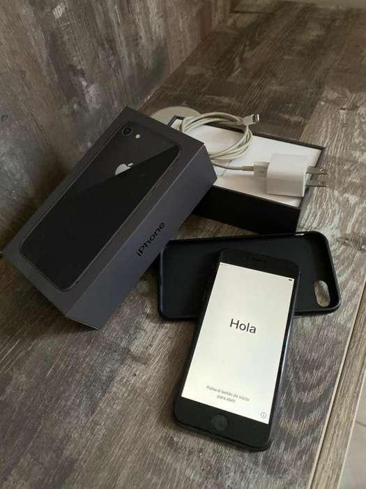 IPhone 8s Excelente Estado Nuevo