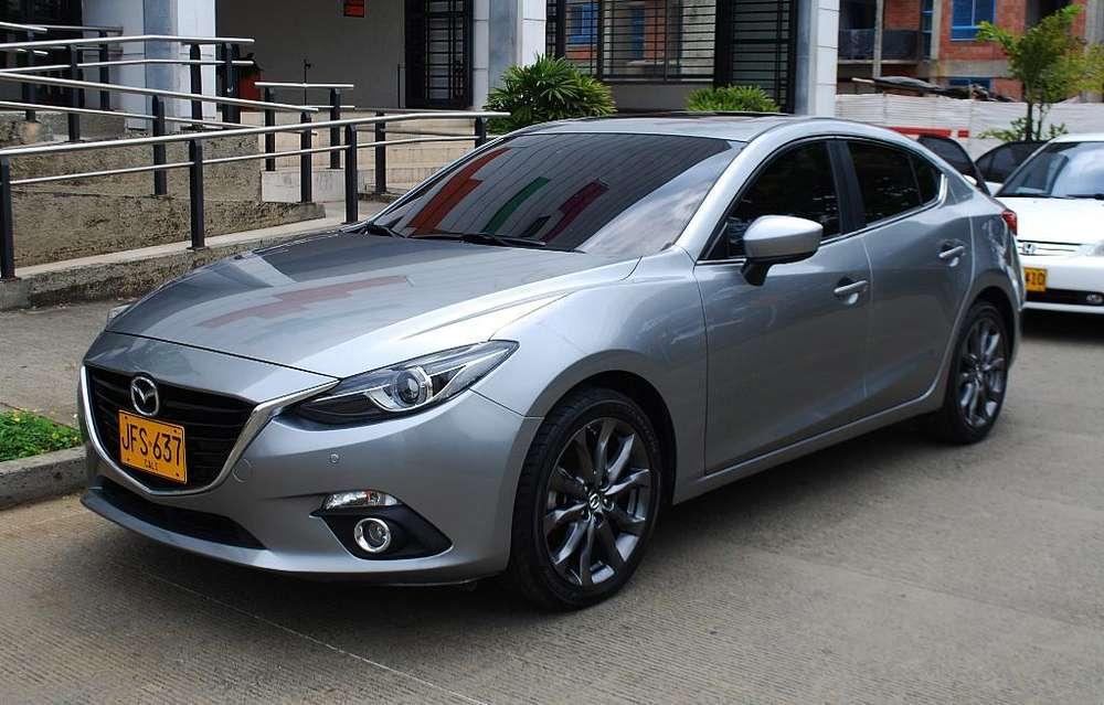 Mazda Mazda 3 2017 - 28000 km