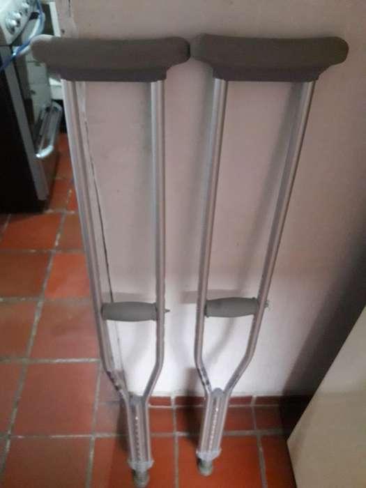 Vendo Muletas en Aluminio