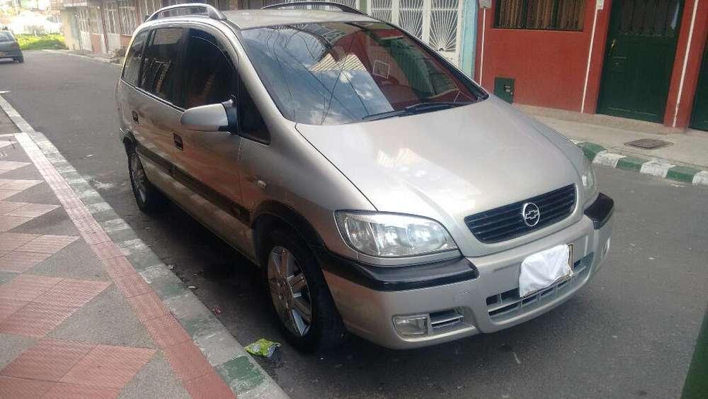 Chevrolet Zafira 2004 - 140000 km