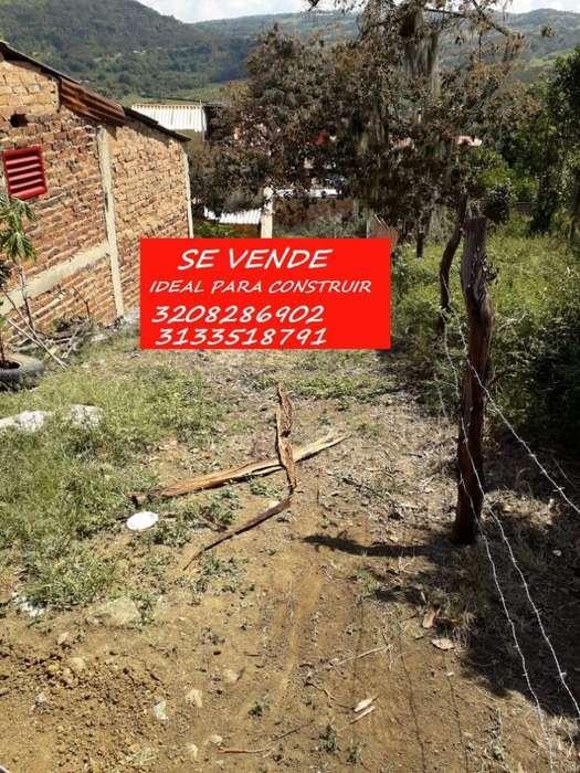 LOTE EN BARBOSA SANTANDER RECIBO VEHICULO EXCELENTE BIEN UBICADO