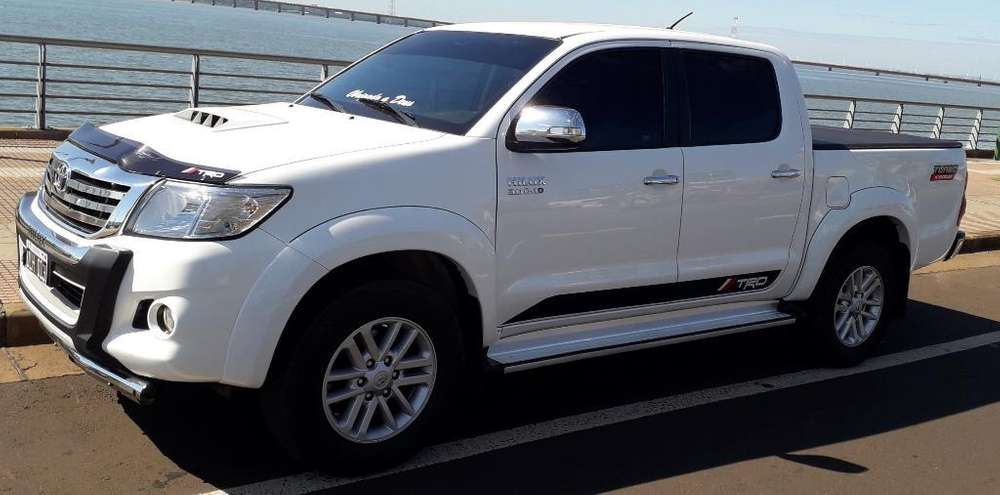 Toyota Hilux 2015 - 115000 km