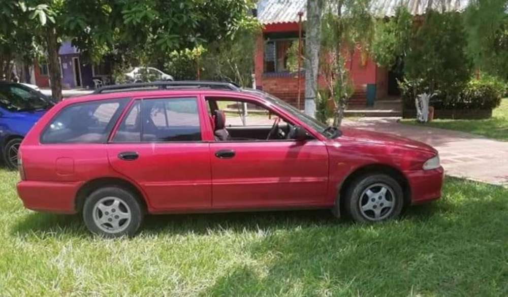 Mitsubishi Lancer 1994 - 100 km