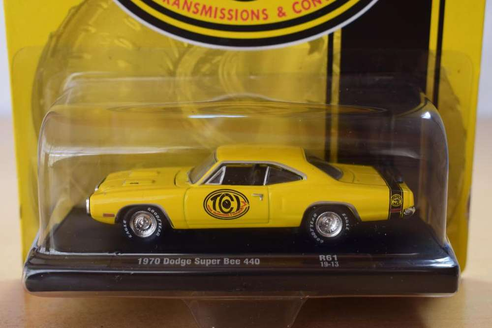AUTO DODGE SUPER BEE 440 1970