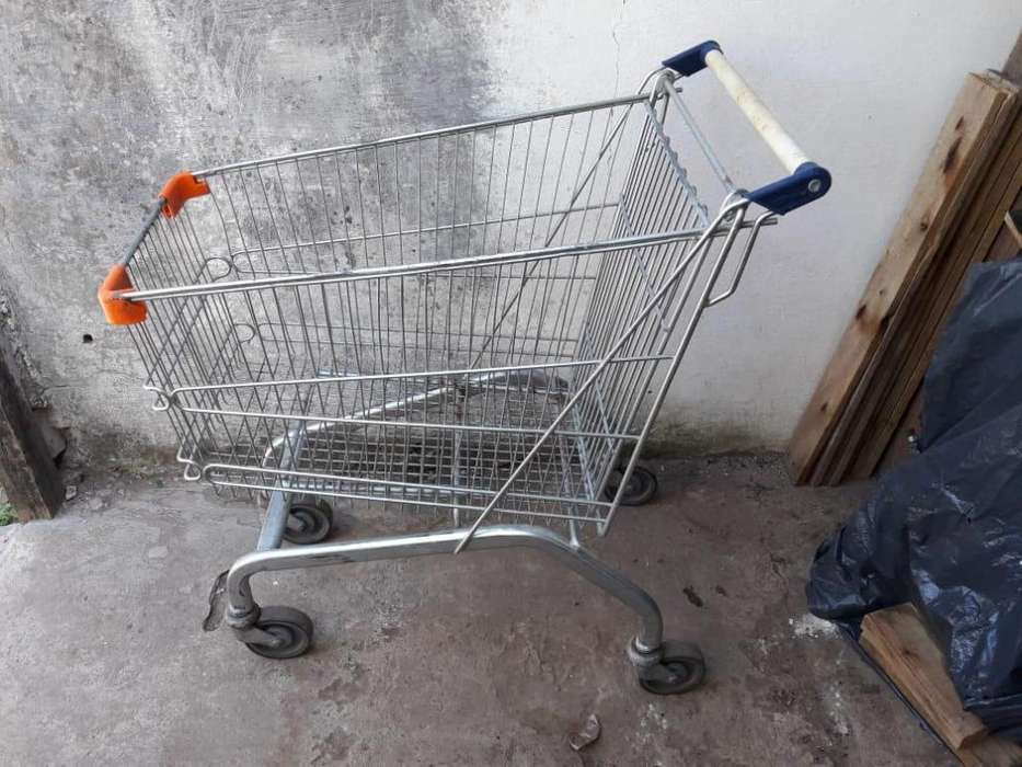 Carrito de supermercado como nuevo