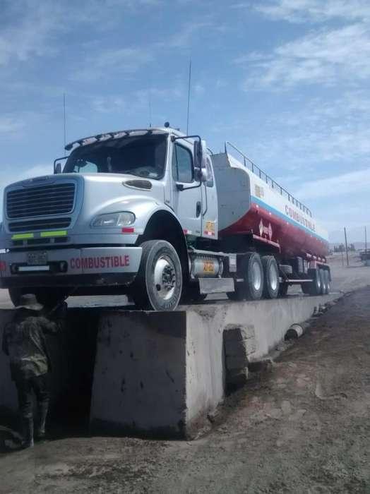 Cisterna Freightliner M2 112 2010