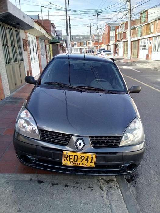 Renault Clio  2011 - 44000 km
