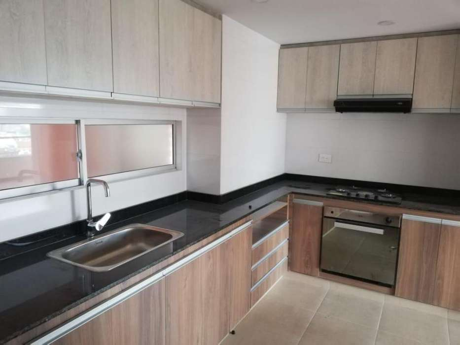 SE VENDE <strong>apartamento</strong> EN TORRE DEL PARQUE PISO 9 SECTOR PARQUE INFANTIL
