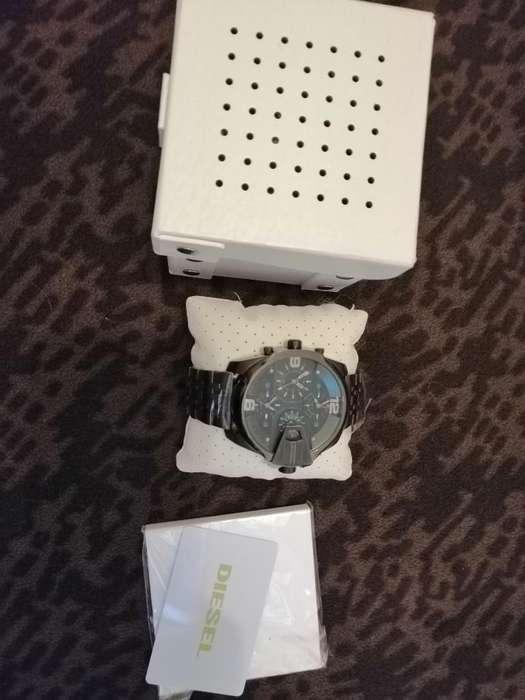 Vendo Reloj Diésel Dz-7372 Nuevo