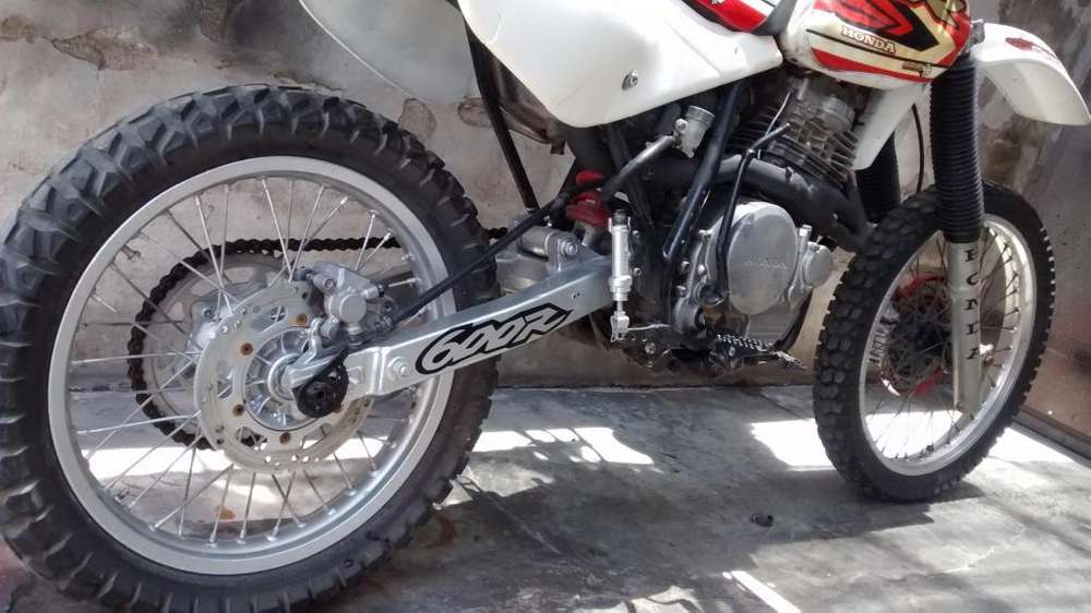 VENDO HONDA XR 600/94