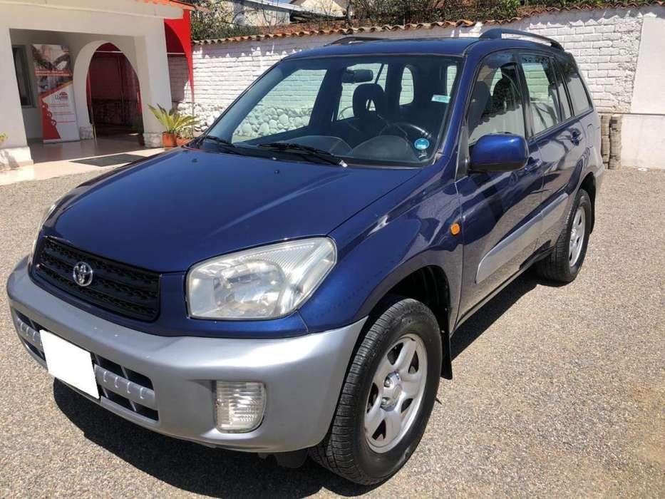 Toyota RAV-4 2001 - 100 km
