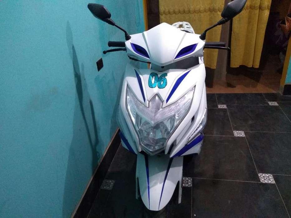 Vendo Moto Italika con Solo 200 Recorido