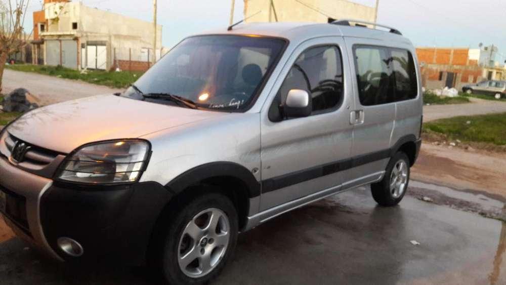 Peugeot Partner 2010 - 136000 km