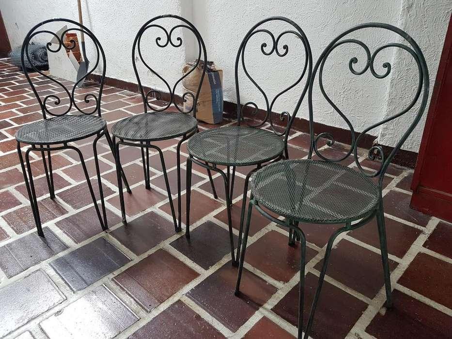 Mesas en Hierro