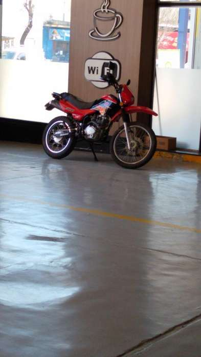 Skua 150 2011 Impecable