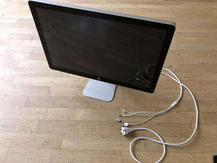 Monitor Apple LED Cinema Display de 24
