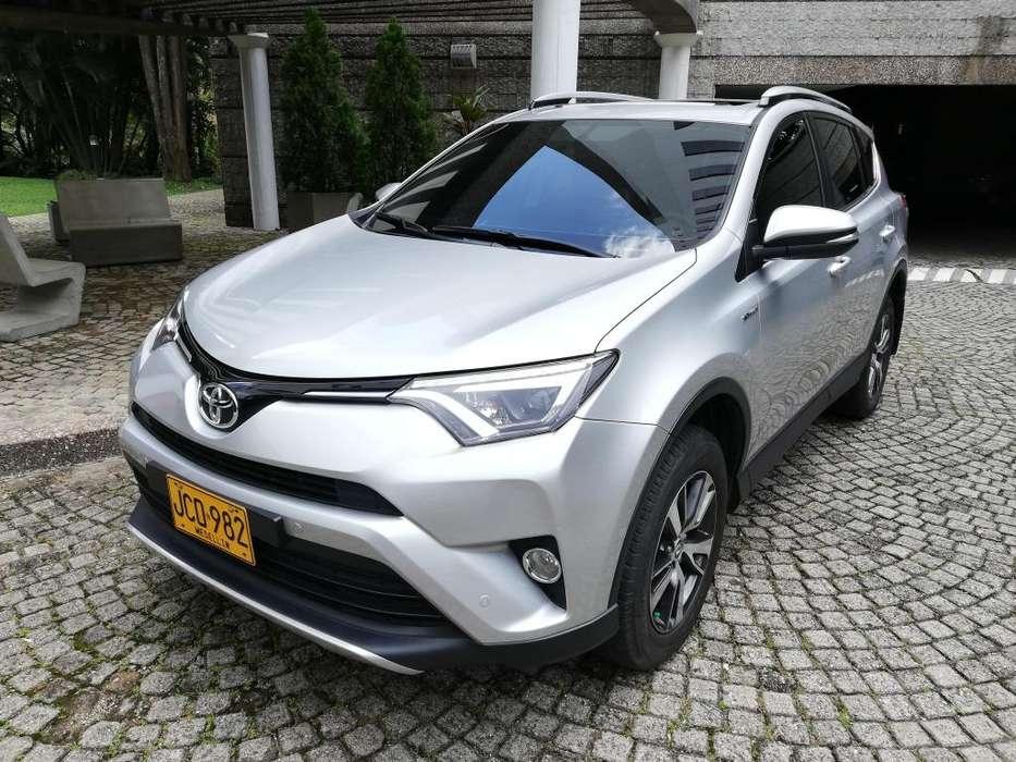 Toyota RAV4 2017 - 31000 km