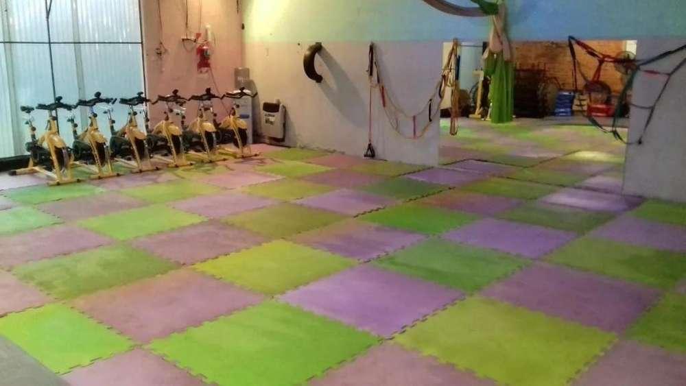 Alquilo salón gimnasio para Actividades Deportivas La Plata