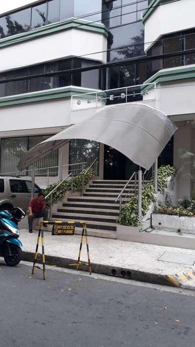 Venta de Consultorio en Kennedy Vieja, frente al Parque, Norte de Guayaquil
