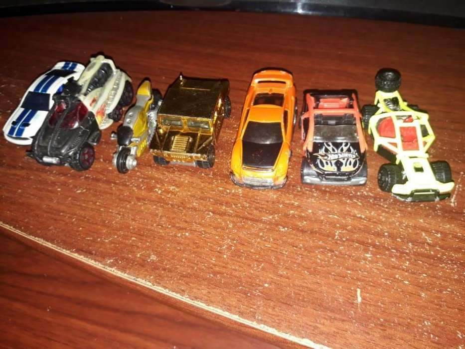 Hot Wheels x7 autos de colección