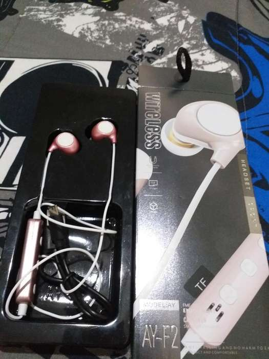 Auriculares Bluetooth/ Mujer